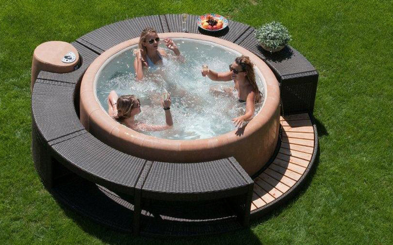 26PA - Jacuzzi extrieur.jpg